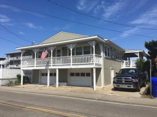 Oceanfront Beach Cottage, Carolina Beach