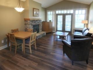 Kelowna / Vernon Predator Ridge 2 Bedroom Craftsman Cottage
