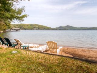 "Fall Rates Reduced! ""Beach House"" Charming 3BR + Loft Hague Cottage w/Wifi & Private Beach - Steps from Swimming, Boating & Fishing on Lake George!"