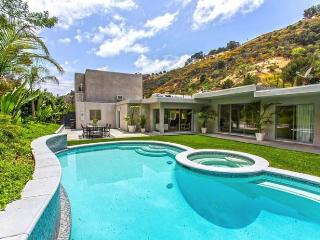 Incredible Beverly Hills Contemporary!