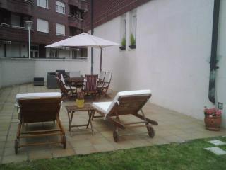 Bajo con terraza y jardín en Castro - Cotolino, Castro Urdiales