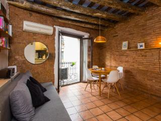 Cozy City Center Apartment, Barcelona