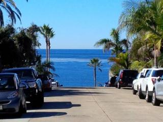 Beach Cottage- 1 block from the beach!, La Jolla