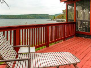 """Cook House"" Cozy 3BR Hague Cottage w/Fireplace & Beautiful Porch Overlooking the Water - Amazing Waterfront Location on Lake George!"