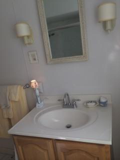 Bathroom with sink/vanity