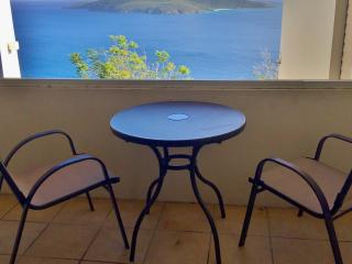 Cute and Quiet Northside Studio, Charlotte Amalie