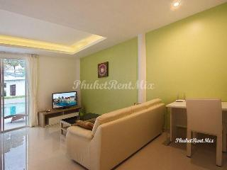 One bedroom apartment in a new complex near the beach Yanuy and Nai Harn beaches, Rawai