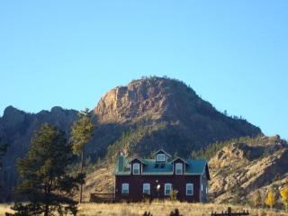PIKES PEAK RETREAT: PANORAMIC VIEW OF PIKES PEAK, 80 ACRES, BABBLING CREEK