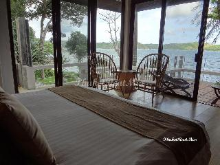 Deluxe room with sea view, Baan Krating Resort, Nai Harn