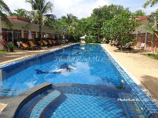 Superior room Garden hotel near the waterfront Rawai, Phuket Sea Resort