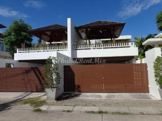 3 bedroom Villa with private pool and grounds in the small village of Chantra Villas Chalong