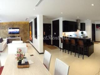 Three bedroom townhouse close to the beach in the complex By The Lake, Nai Harn