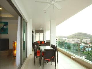 Single deluxe apartment in Surin Sabai 3