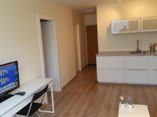 NEW SEABREEZE 3 - 2BR +LIVING ROOM, Tel Aviv