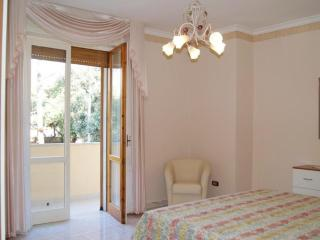 Holiday home apartment in Matino in the hinterland of Salento a few kilometers f