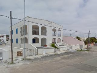 Holiday home in Puglia Salento in Pescoluse Salve a few meters from the sea and