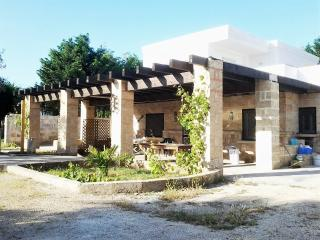 Holiday home in Lido Pizzo in Salento Apulia for eight people located a few mete