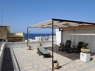 Holiday home in Lido Conchiglie Gallipoli near the beach with panoramic terrace