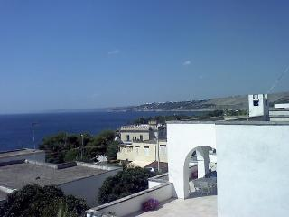 Vacation Rental-a-Santa-Cesarea-Terme-to-first-floor-with-sea-view-CVR703, Santa Cesarea Terme