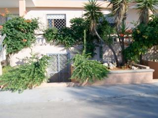 Holiday home in Apulia Salento in Mancaversa, about 10 meters from the beaches a