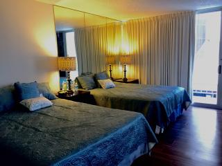 Marine Surf Waikiki Sleeps 2-5