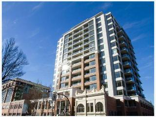 Modern Downtown Victoria 1 Bedroom Condo