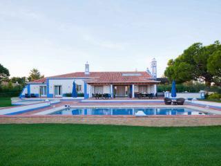 Paragon Gold Villa, Olhos de Agua, Algarve