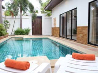 Dasiri Private Beach Pool Villa 39, Pattaya
