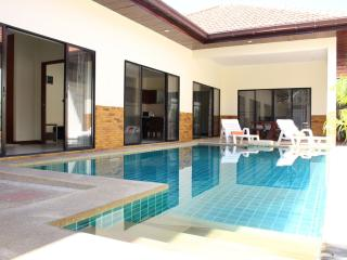 Dasiri Private Beach Pool Villa 40, Pattaya