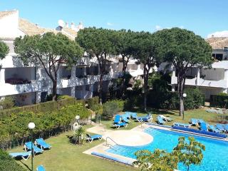 Penthouse 3 bedrooms 2 bathrooms. Well equipped., Estepona