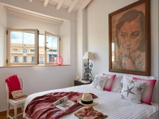 Penthouse Apartment with terrace - Lodgingmalaga - Plaza de la Constitucion