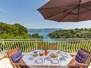 Apartment with a beautiful see view, Dubrovnik
