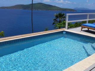 Stunning 3 Bedroom Villa **CONTACT US NOW FOR THE BEST RATES**