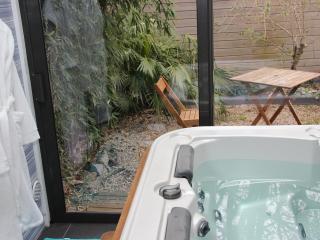 Suite avec SPA et Jardin privatif 'OPEN BULLE'