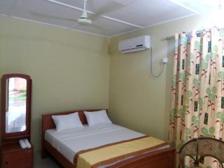 Hotel, Polonnaruwa