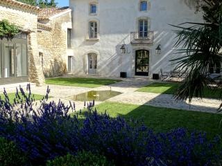 Superb country house in Provence, Menerbes