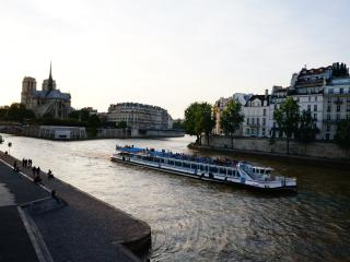 Saint Germain Luxury home with River View, Paris