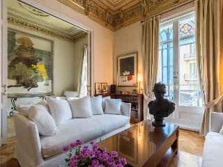 Luxury Classic Apartment, Barcelona