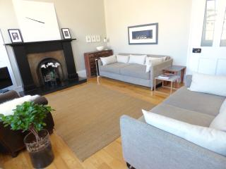 Luxury Stockbridge Apartment in Central Edinburgh