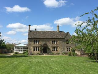 The Farmhouse - Grade II listed property on the edge of the Cotswold's
