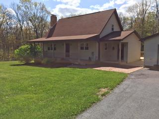 A Step Away - Lake Area Home, Swanton
