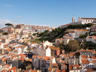 Apartment with stunning views FREE TRANSFER, Lisboa
