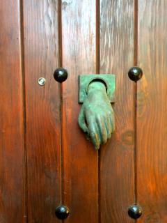 Handmade door knocker, beats an electric bell don't you think?