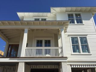 New, Ocean Front 6 BD, 6.5 BA Home, w/Pool & Spa!!, Isle of Palms