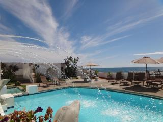 Condo Beach Front, Beach View, Jacuzzi And Pool, Rosarito