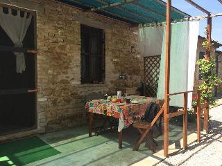 casa 'Azzeruolo' piscina collina mare  agriturismo, Colonnella