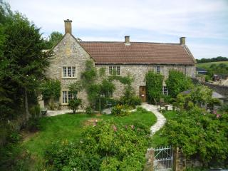 Fyfett Farm Neroche room , B+B or self catering., Chard