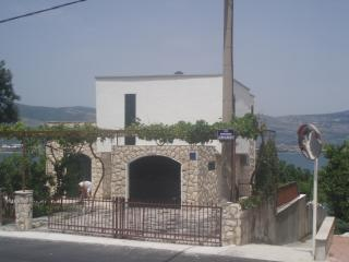 Villa Maja next to the sea, Trogir