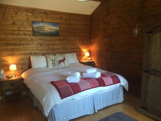 hill cottage cabins Fort Augustus loch ness Scottish Highlands