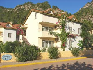 Zeytin Apartment, Turunc